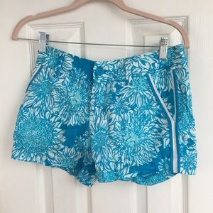 Lilly Pulitzer blue and white shorts Women's 00